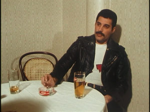 Queen on fire, Freddie Mercury, interview, screenshot 3